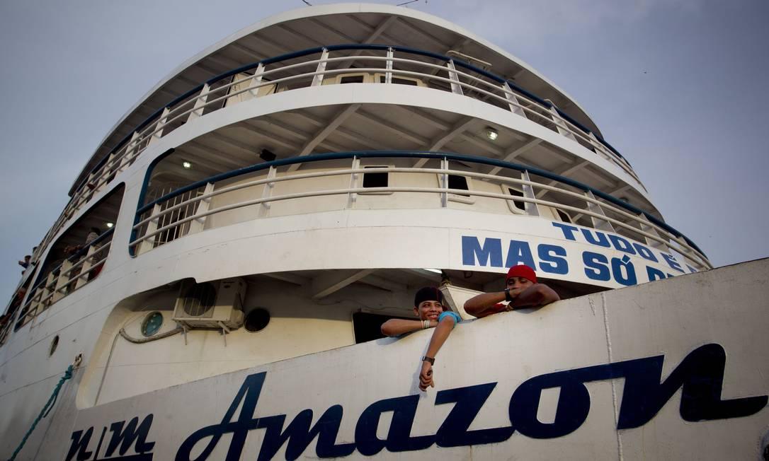 Visão geral do barco Amazon Star, que faz a linha Manaus-Belém e tem capacidade para 756 passageiros Márcia Foletto / O Globo