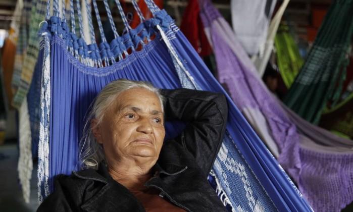 Ana Santana da Silva, de 69 anos, moradora do Maranhão, que embarcou em Parintins: ela teve 17 filhos, mas só dez sobreviveram Márcia Foletto / O Globo