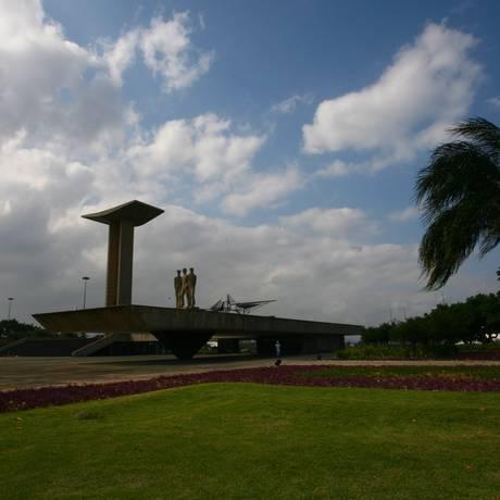 Cúpula dos Povos não poderá usar área do Monumento aos Pracinhas Foto: O Globo (arquivo) / André Coelho