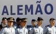 Policiais militares participam da inauguração da quarta UPP do Alemão