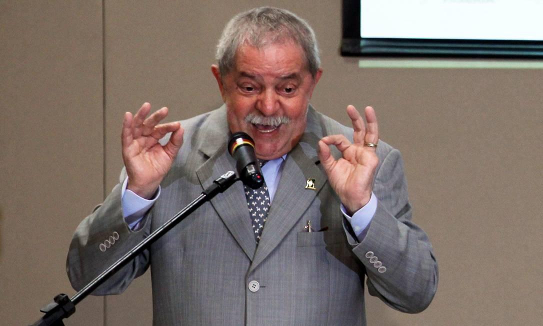O ex-presidente Lula durante palestra em Brasilia Foto: O Globo / Gustavo Miranda