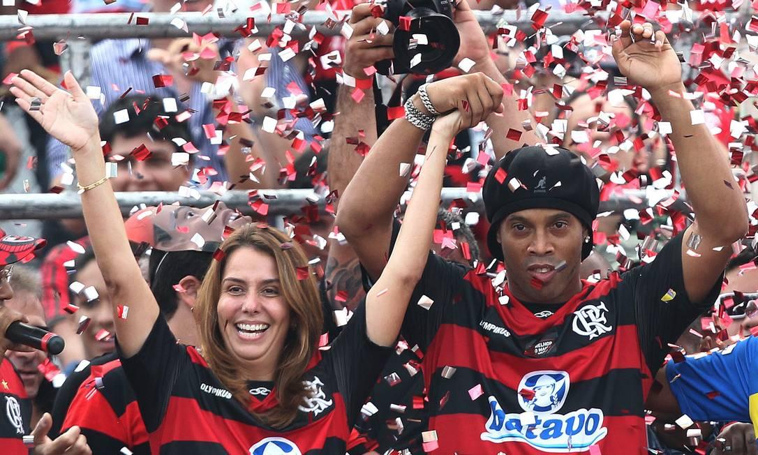 O craque chegou ao Flamengo depois de dez anos atuando na Europa em clubes como Barcelona e Milan Foto: AP