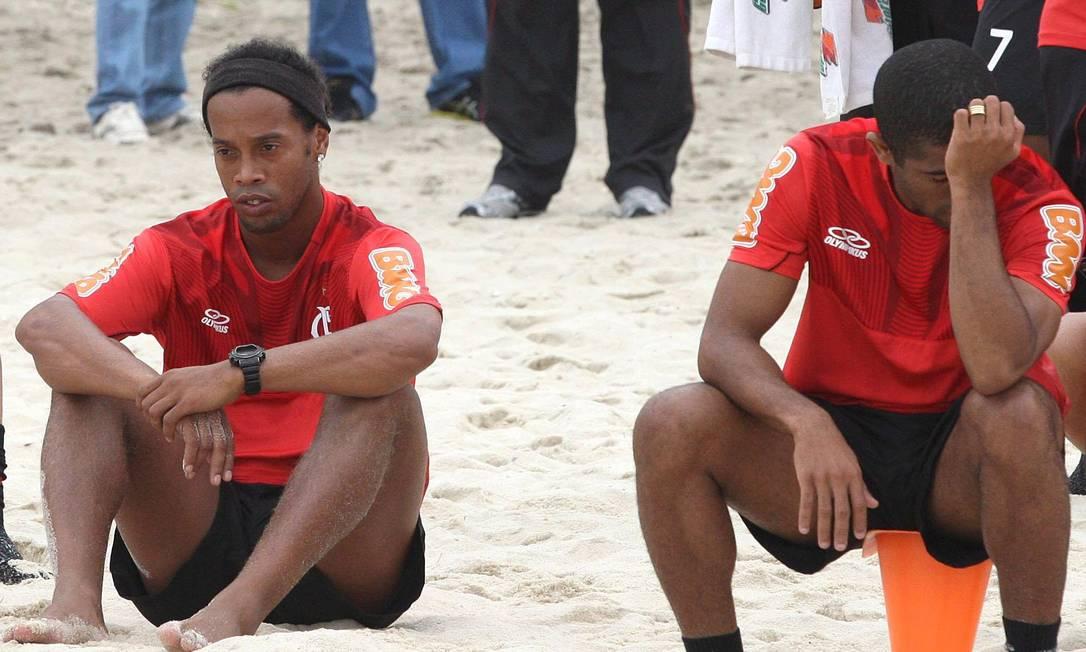 O jogador já parecia distante em seus últimos dias de treino no Flamengo Foto: Márcio Alves