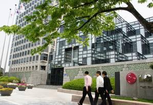 LG, cuja sede fica em Seul, está à frente da japonesa Sony em venda de televisores Foto: Claudia Sarmento / Agência O Globo