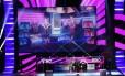 Usher canta nova canção para apresentar Dance Central 3 em evento da Microsoft