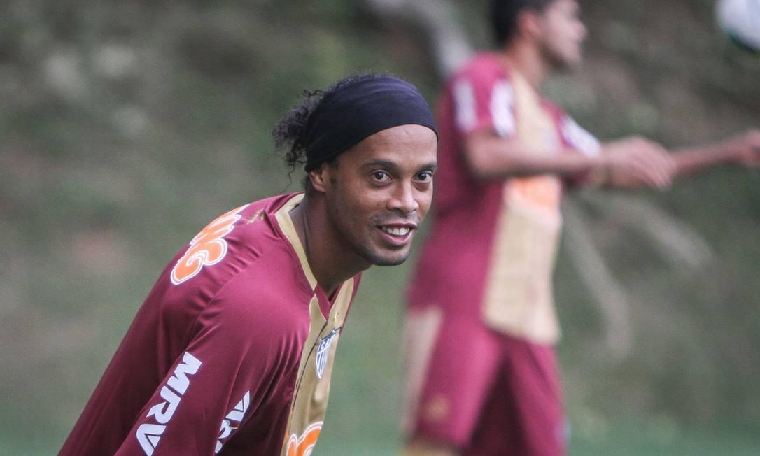 Ronaldinho Gaúcho não perdeu tempo e, depois de deixar o Flamengo na quinta, acertou com o Atlético-MG nesta segunda Foto: Divulgação Atlético-MG