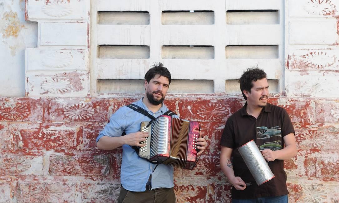 Mario Galeano (à esquerda) e Will Holland, os idealizadores do projeto Foto: Divulgação