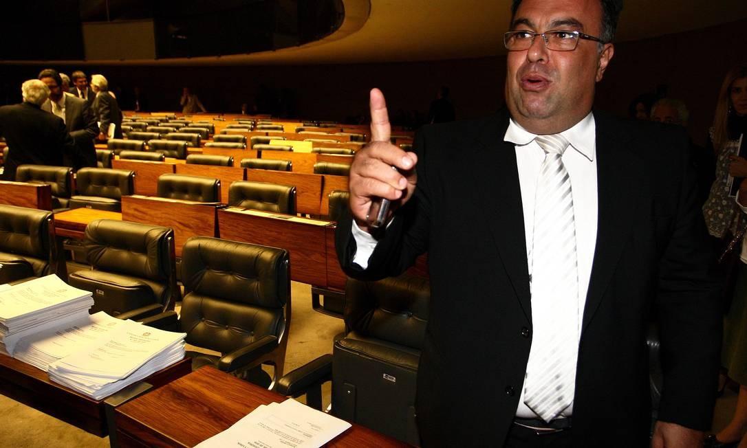 """André Vargas: """"Ministro do Supremo não é para ficar sendo aplaudido em restaurante por decisão contra o PT"""" Foto: O Globo / Ailton de Freitas"""