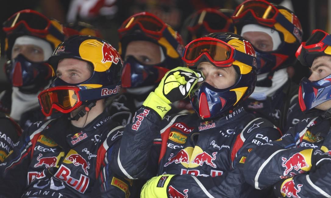 Mecânicos da RBR acompanham a corrida em Montreal AFP