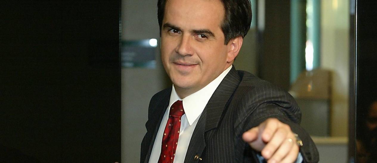 NOGUEIRA: mulher do senador, suplente na CPI, também estava no encontro Foto: Ailton de Freitas / Agência O Globo