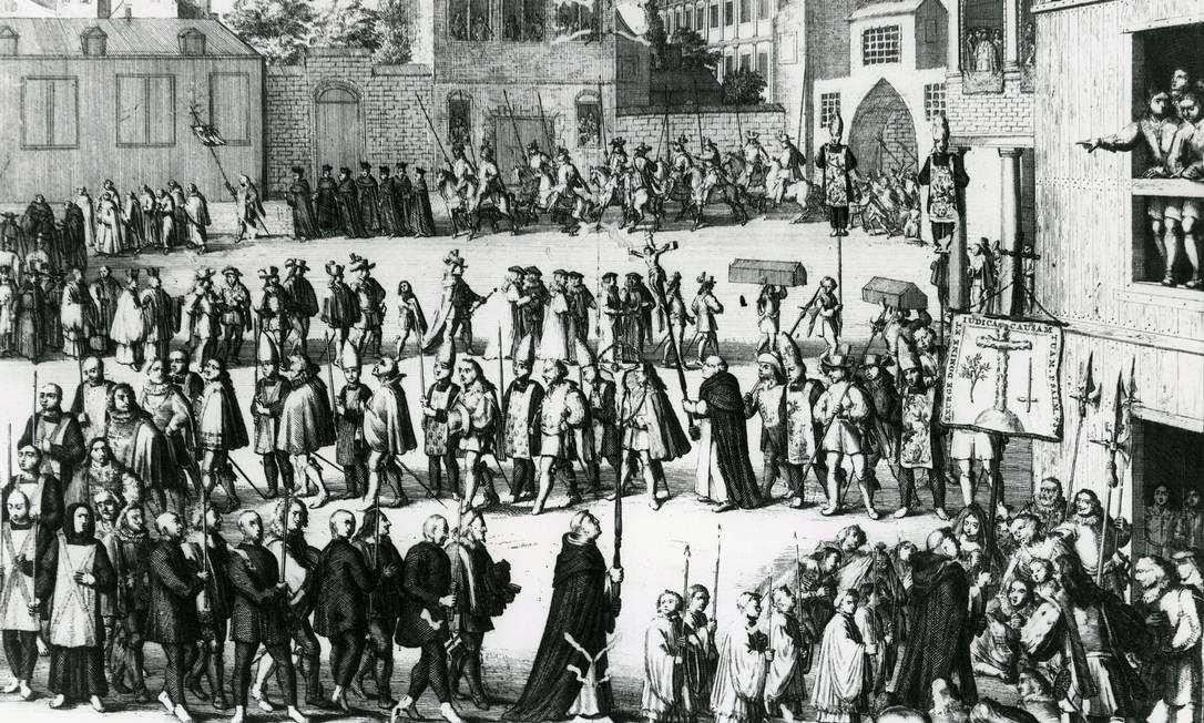 No desenho 'Caminhada dos prisioneiros para o auto de fé', de A. Shoonebeck, um retrato da perseguição aos judeus Foto: Reprodução
