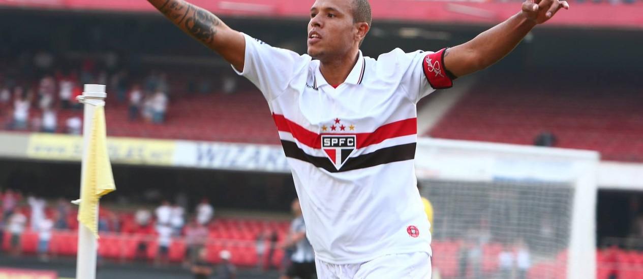 Luis Fabiano comemora o gol da vitória do São Paulo Foto: Divulgação