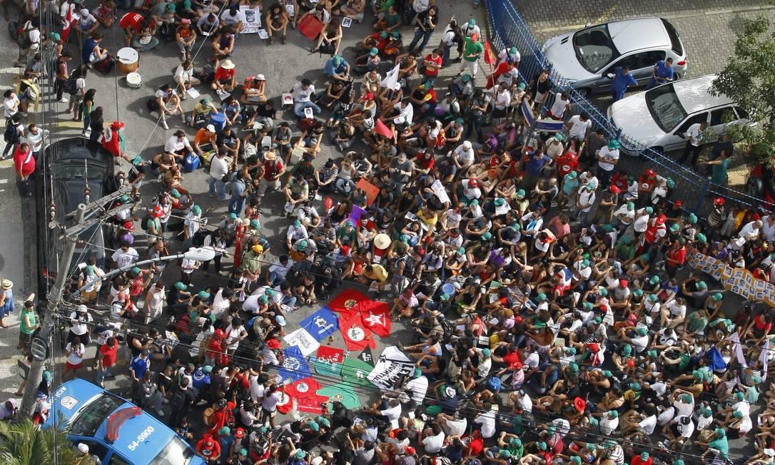 Cerca de 2,5 mil pessoas participaram da manifestação Agência O Globo / André Teixeira