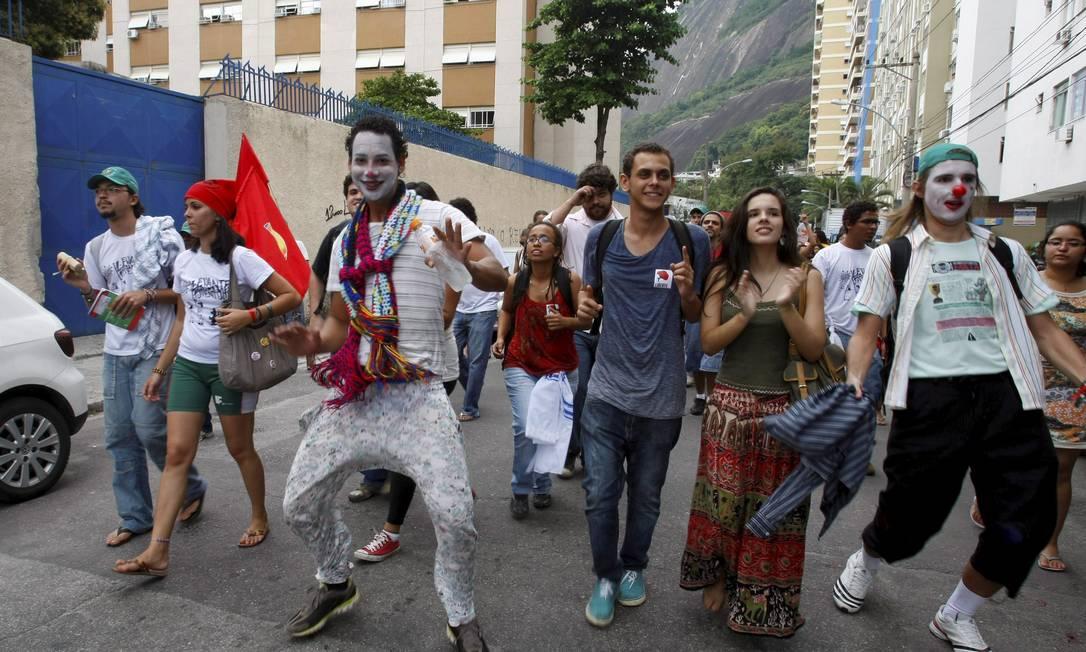 Clima de descontração entre os manifestantes Agência O Globo / Eduardo Naddar