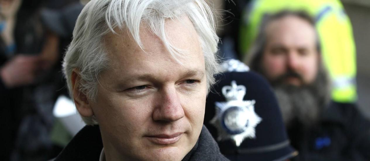 Julian Assange chega à Suprema Corte, em Londres, em fevereiro deste ano Foto: Kirsty Wigglesworth/AP