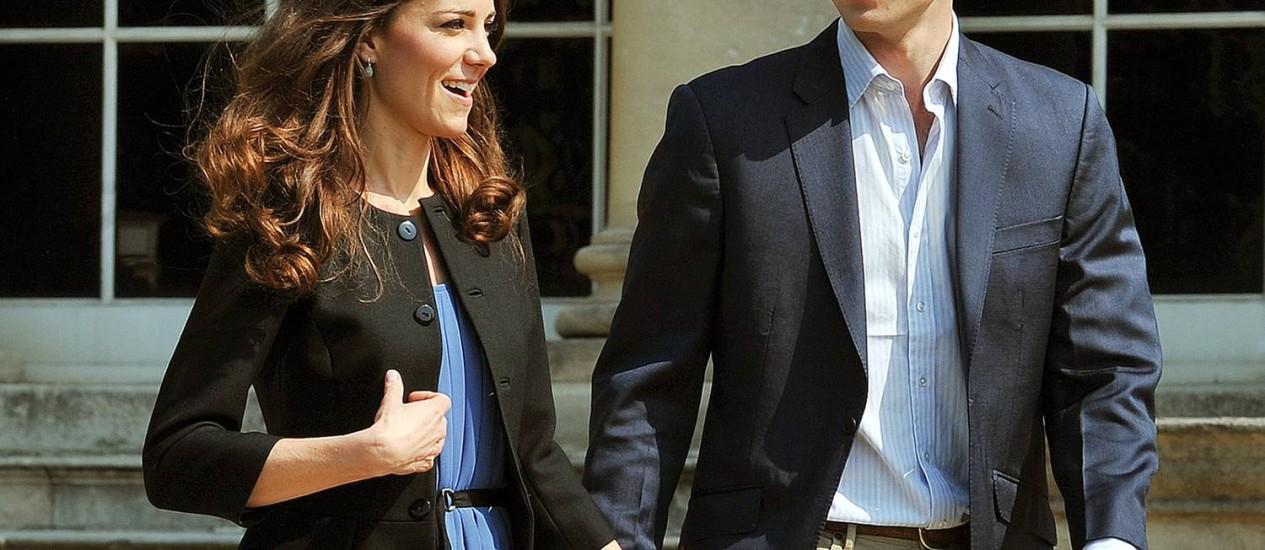 O príncipe William e sua esposa Kate Middleton, em foto de abril de 2011 Foto: John Stillwell/AFP