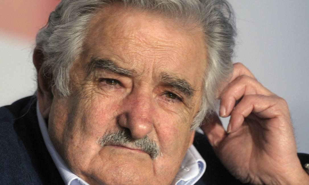 O presidente José Mujica durante uma conferência no Uruguai, em outubro de 2011 Foto: Matilde Campodonico/AP