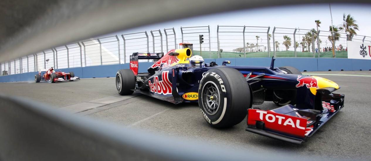 Sebastian Vettel foi o mais rápido desta sexta em Valencia Foto: Alberto Saiz / AP