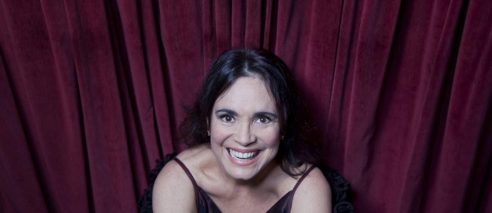 """Regina Duarte no CCBB: """"Tenho um lado careta que funciona na TV. No teatro costumo romper com o bom senso"""" Foto: Mônica Imbuzeiro / Agência O GLOBO"""