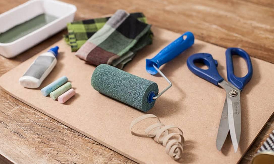 Os materiais necessários para fazer a almofada Divulgação