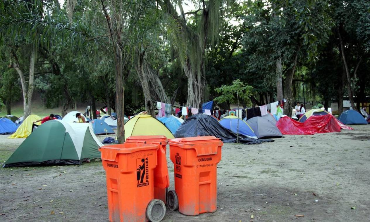 Visitantes da Rio+20 ainda ocupavam a Quinta da Boa Vista da manhã de sábado Foto: Pedro Teixeira / O Globo