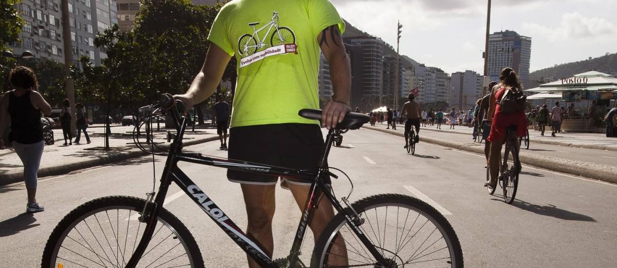 Rodrigo Moitrel, organizador da bicicletada, é preciso estimular as pessoas a usar transportes urbanos mais sustentáveis Foto: Leo Martins / O Globo