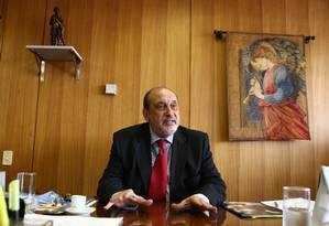 Ministro Gilson Dipp, coordenador da Comissão Nacional da Verdade Foto: Ailton de Freitas (29-09-2010) / O Globo