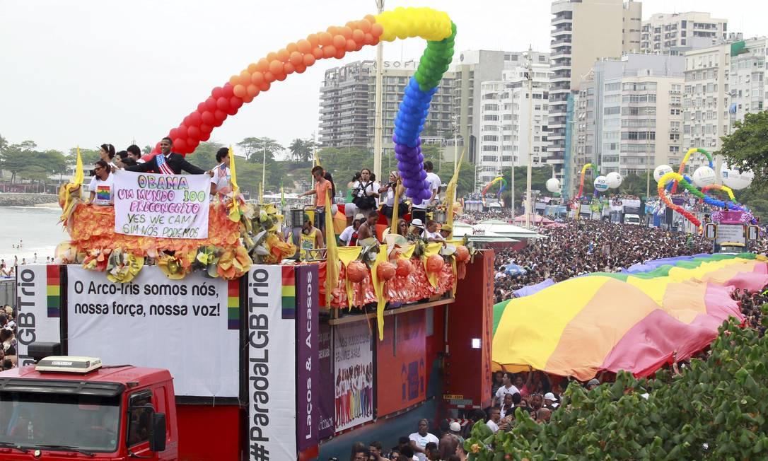 A parada de 2011 também pedia a aprovação da lei que reconhece como crime a homofobia Foto: Fábio Rossi (arquivo) / O Globo