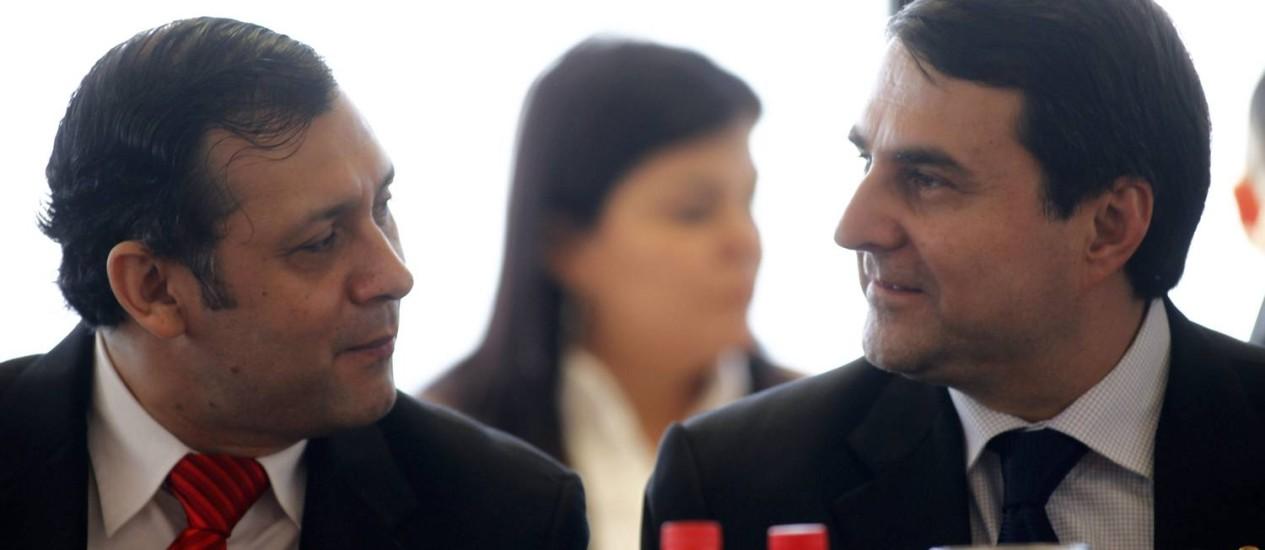 Federico Franco conversa com presidente do Congresso Victor Bogado em Assunção Foto: Marcos Brindicci/Reuters