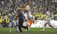 Jogadores do Corinthians comemoram o gol de empate de Romarinho