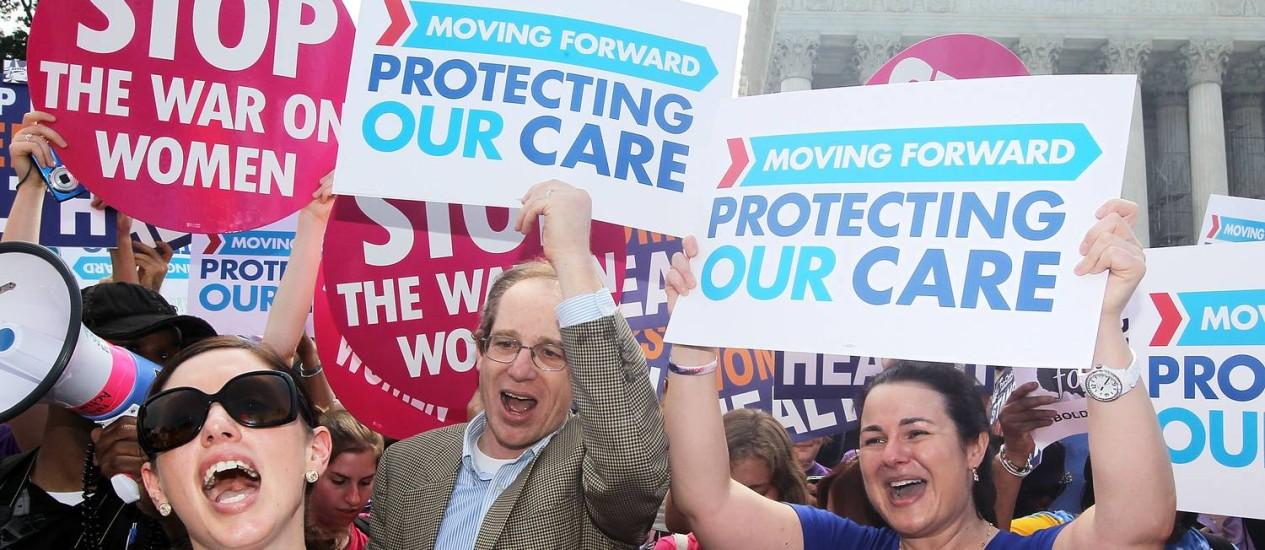 Simpatizantes de Obama comemoram o veredicto: republicanos dizem que vão apelar Foto: Alex Wong / AFP
