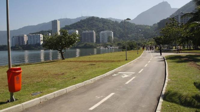 AFETADO durante anos por problemas de afundamento, o Parque do Cantagalo, na Lagoa, foi reformado e entregue pela Prefeitura ao público neste sábado (30/06) Foto: Marcos Tristão
