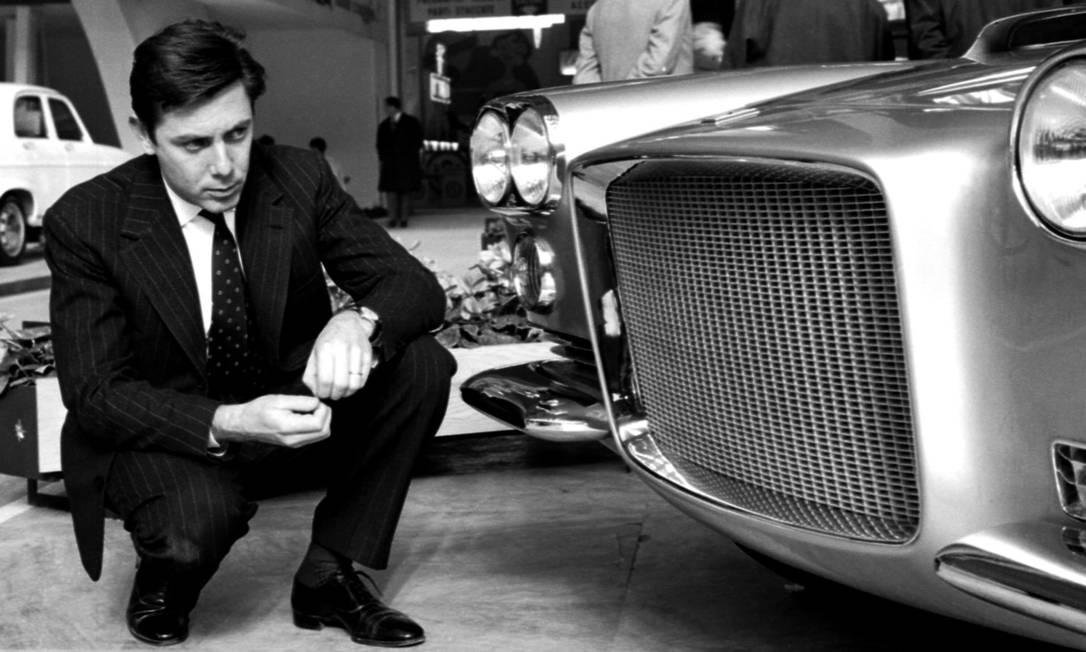 Sérgio Pininfarina, designer que criou carros glamourosos para Ferrari, Cadillac e Fiat, morreu nesta terça-feira, aos 85 anos, em sua casa em Turim, na Itália Foto: AP