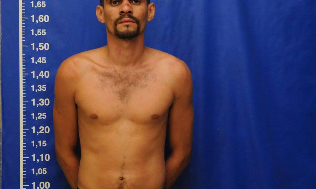 Traficante Diego de Souza, resgatado por bandidos de dentro de delegacia logo poucas horas após ser preso Foto: Nina Lima / Extra