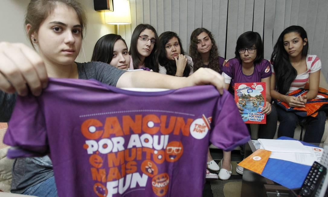 Na foto, grupo de amigas que iria para Cancun pela Trip & Fun Foto: Wagner Meier / O Globo