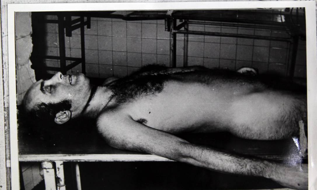 O jornalista Vladimir Herzog, encontrado morto nas dependências do Exército, em São Paulo Foto: Divulgação / Agência O Globo