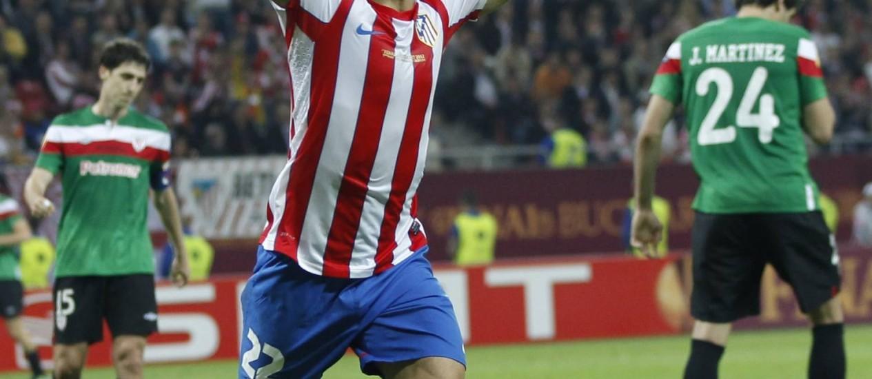 Diego comemora gol na final da Liga Europa em maio deste ano Foto: Reuters