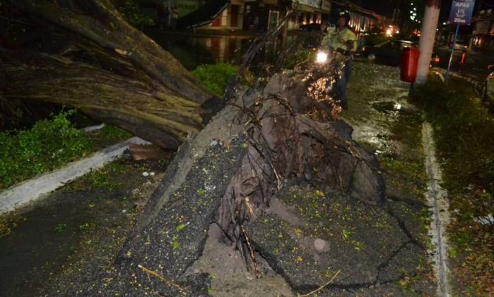Região dos Lagos também foi atingida pela tempestade Foto da leitora Mariana da Silva Penha / Eu-Repórter