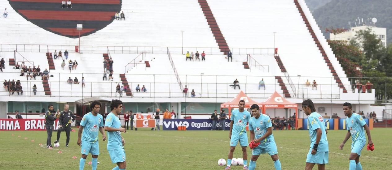 Jogadores da seleção treinam na Gávea Foto: Alexandre Cassiano / O Globo