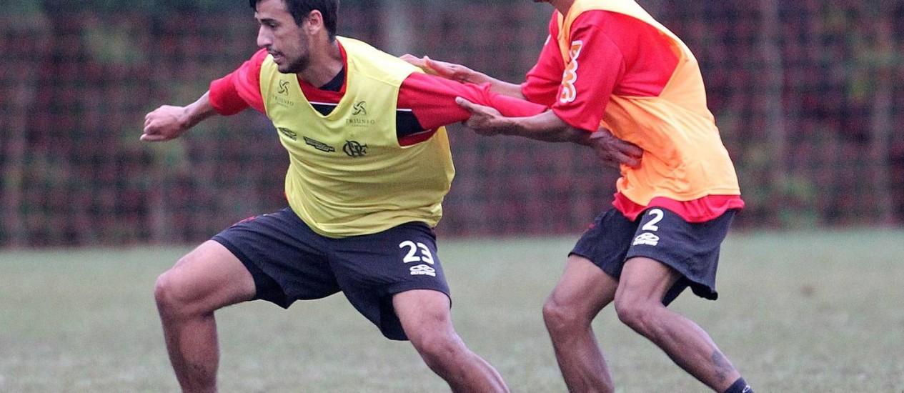 Léo Moura deve voltar ao time do Flamengo nesta quarta-feira Foto: Jorge William