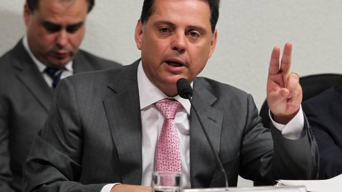 Marconi Perillo: seus secretários teriam ligação forte com Cachoeira, segundo telefonema grampeado pela Polícia Federal Foto: O Globo / Ailton de Freitas