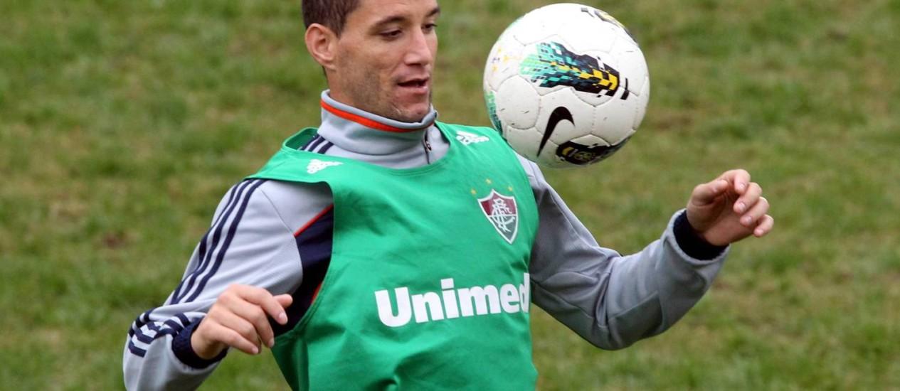 Thiago Neves treina nas Laranjeiras Foto: Cezar Loureiro / O Globo