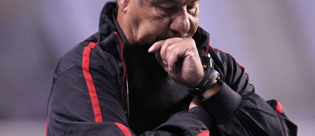 Joel Santana foi vaiado pela torcida do Flamengo na derrota para o Corinthians Foto: Jorge William / Agência O Globo