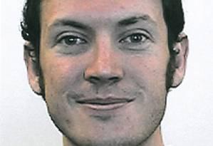 Holmes foi preso no estacionamento perto do cinema em Aurora, com armas de fogo Foto: Reuters
