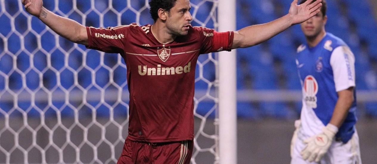 Fred comemora um dos gols na vitória por 4 a 0 sobre o Bahia, no Engenhão Foto: Jorge William / O Globo