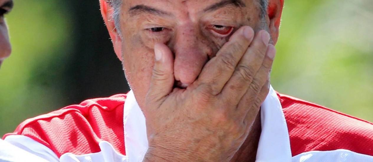 Joel Santana comandou treino no Ninho do Urubu nesta sexta-feira Foto: Cezar Loureiro / O Globo