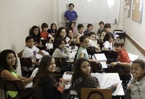 Alunos do 'Curso Radical', preparatório para o Pedro II e CAP , em Botafogo Foto: Daniela Dacorso / O Globo