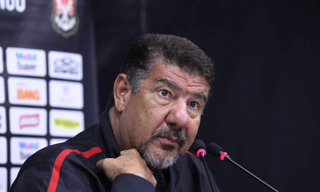 Joel está com a corda no pescoço devido aos maus resultados do Flamengo Foto: Jorge William / Agência O Globo