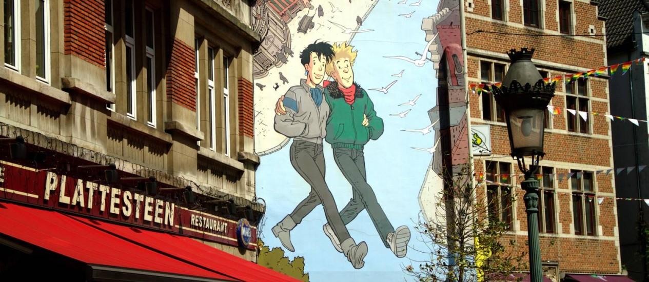 """A obra """"Broussaile"""" do artista belga Frank Pé foi o trabalho que inaugurou o roteiro de quadrinhos nos muros de Bruxelas Foto: Eduardo Vessoni / Agência O Globo"""