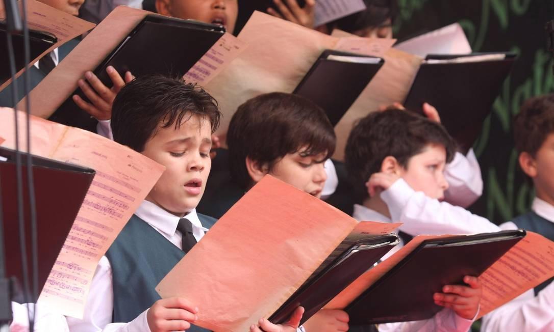 Coral Canarinhos de Petrópolis. Cantar pode trazer benefícios para corpo e mente Foto: Divulgação
